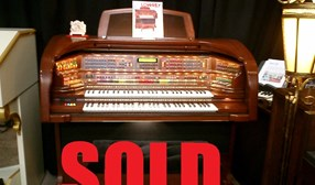 LOWREY MAJESTY ORGAN LX510